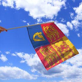 UK Royal Standard Hand Waving Flag